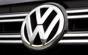 2012-volkswagen-tiguan-front-grill-badge