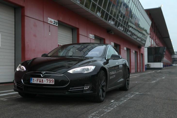 Tesla_Model_S__2_