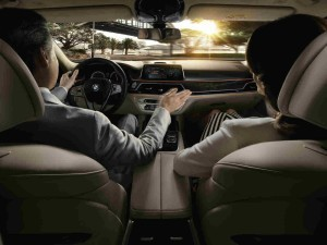 BMW 7 Series - Gesture Control-optimized
