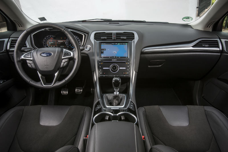 Ford Interieur-lowres