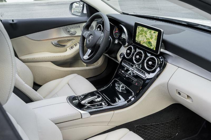 Mercedes interieur-lowres