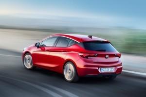 Opel-Astra-295902 (Medium) (2)