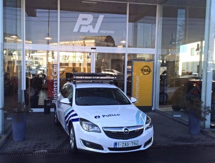 Opel Peeters Police