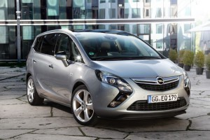 Opel-Zafira-Tourer-272900-medium