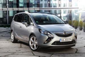 Opel-Zafira-Tourer-272900-medium