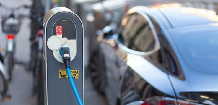 Voiture-electriques-ecologiques-710x434-