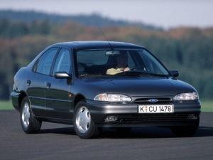 ford-mondeo-ii-hatchback-1996-wallpaper-228712
